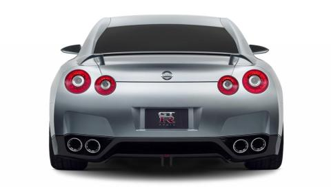 0511_02_900+Nissan_Skyline_GTR_Concept+Rear_View.jpg