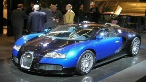 06-Bugatti-Veyron-1_600.jpg